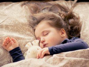 Comprendre les difficultés de sommeil de l'enfant.
